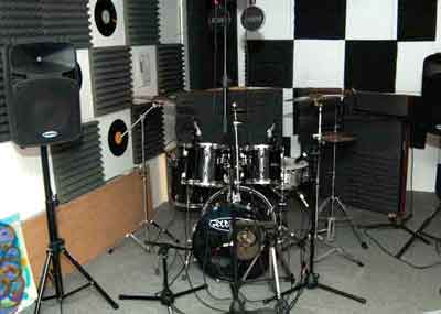 Drum-set-ready-for-recording-small